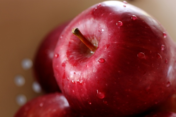 red_delicious_apples_565566