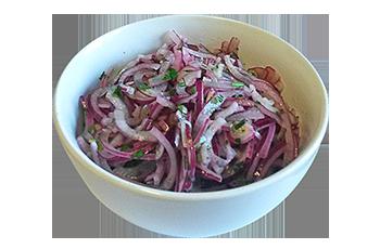 Salată de ceapă roşie